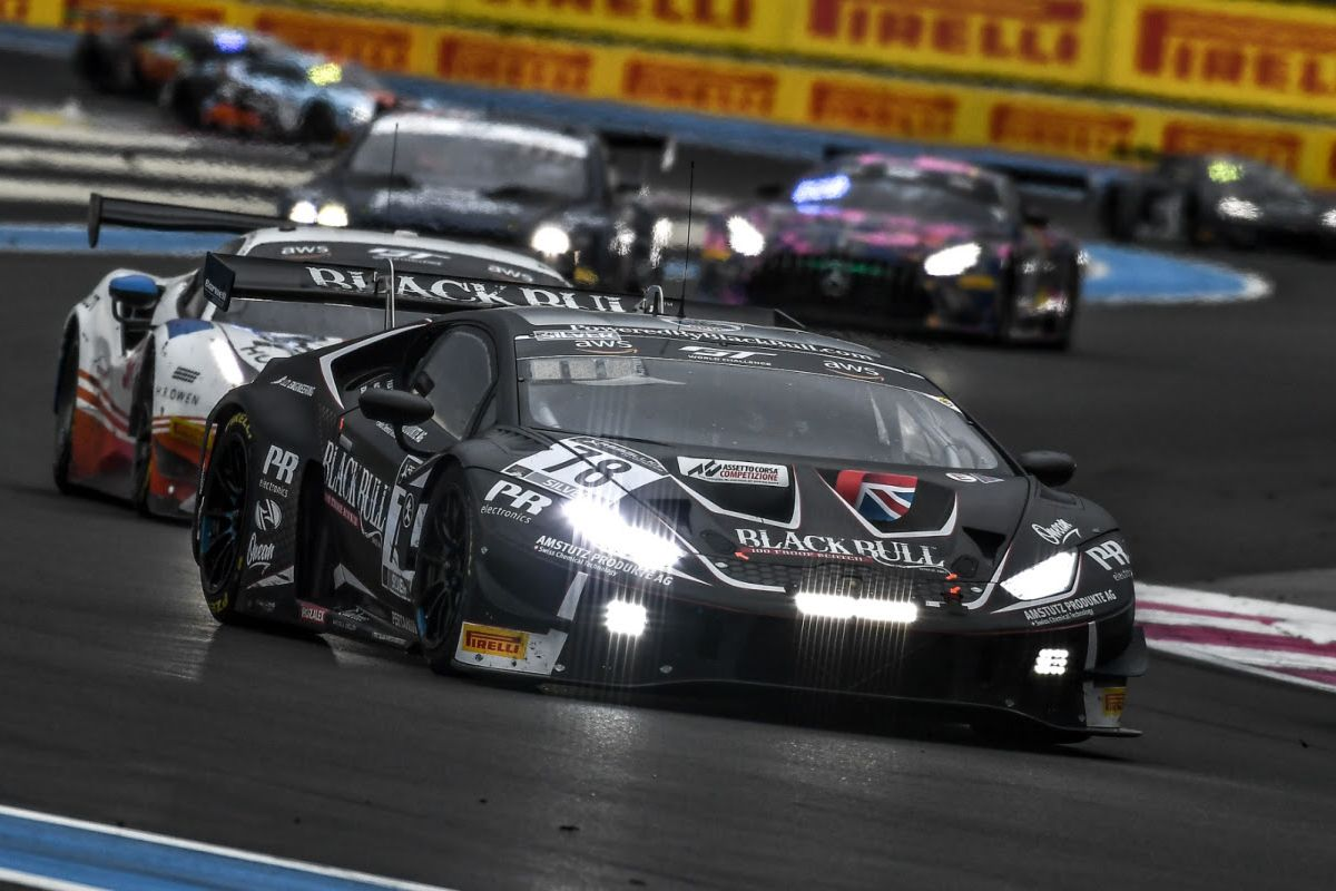 Alex MacDowall celebrates European GT Silver Cup triumph with Barwell
