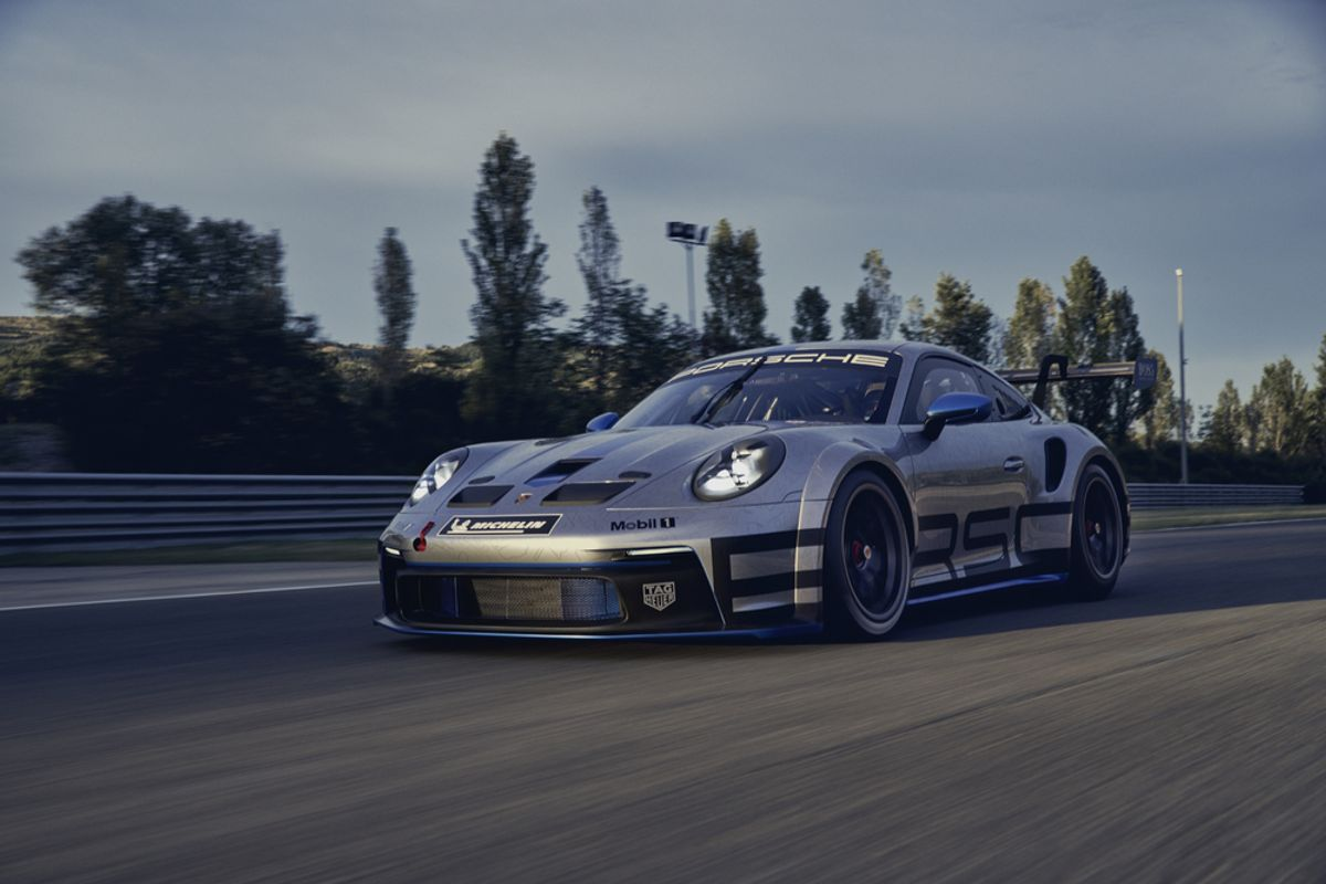 New racing car for the Porsche one-make cups: the new 911 GT3 Cup
