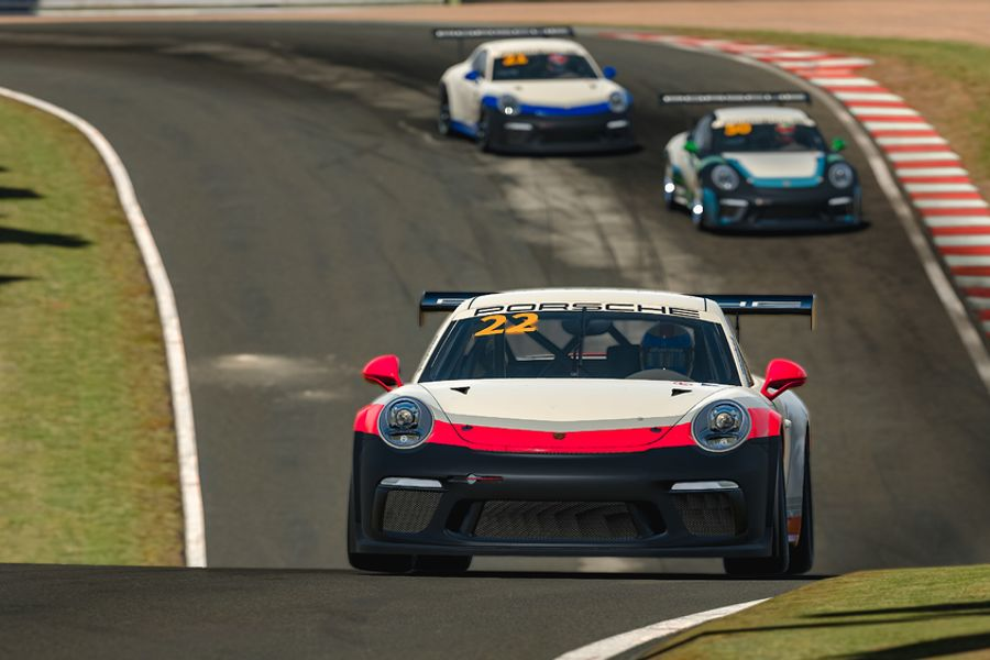 Job takes a clean sweep after masterful Esports Carrera Cup final lap