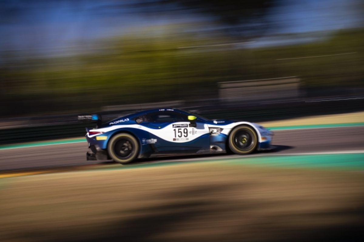 Hasse-Clot graduates from Aston Martin Racing Driver Academy