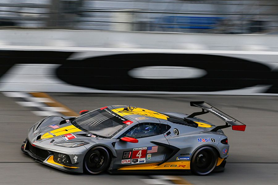 Corvette Team Earns Rolex 24 GTLM Pole