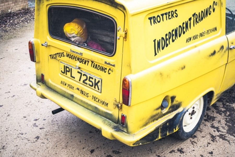 Del Boy's Reliant Robin up for auction