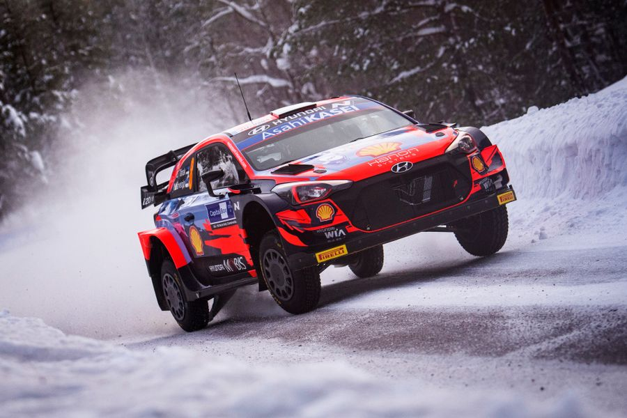Tänak takes early charge on WRC Arctic Rally Finland