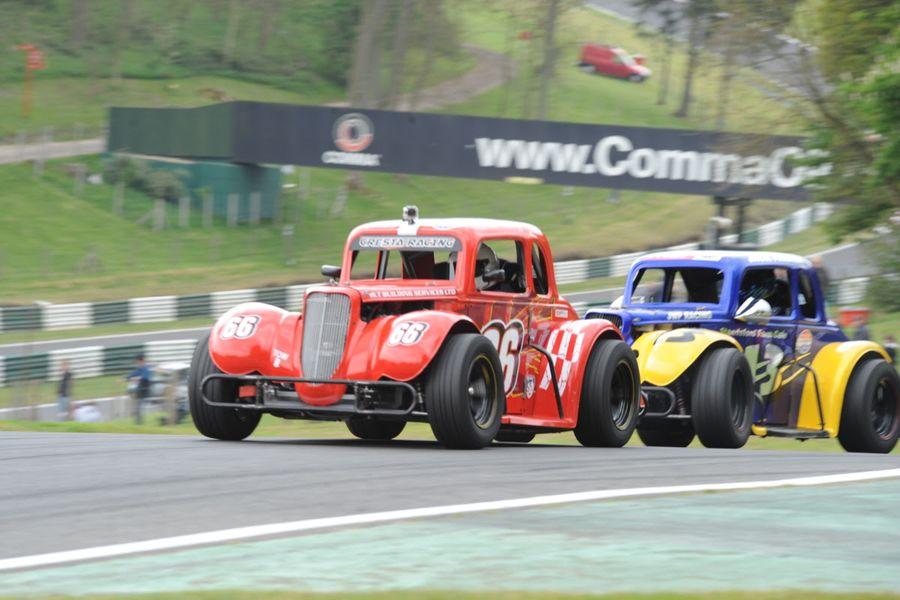 Cadwell Park To Open Legends Cars Season