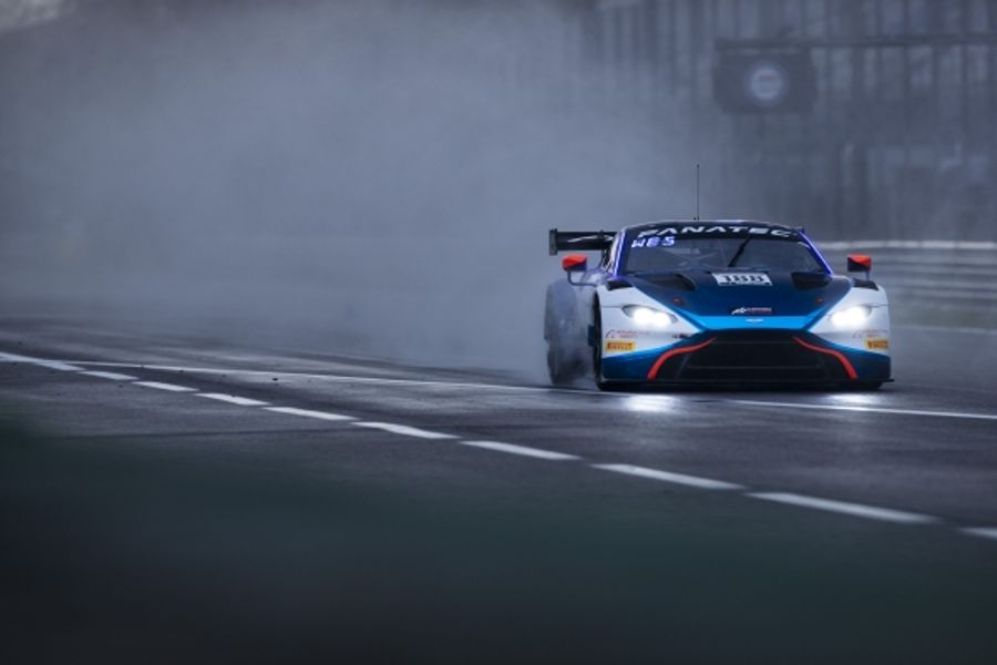 Garage 59 takes GT World Challenge Europe GT3 victory
